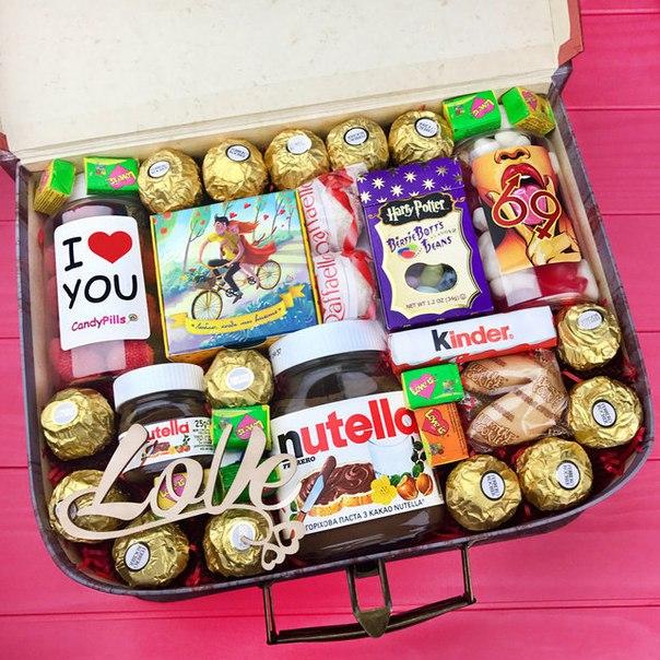 Подарочный набор сладостей в Москве